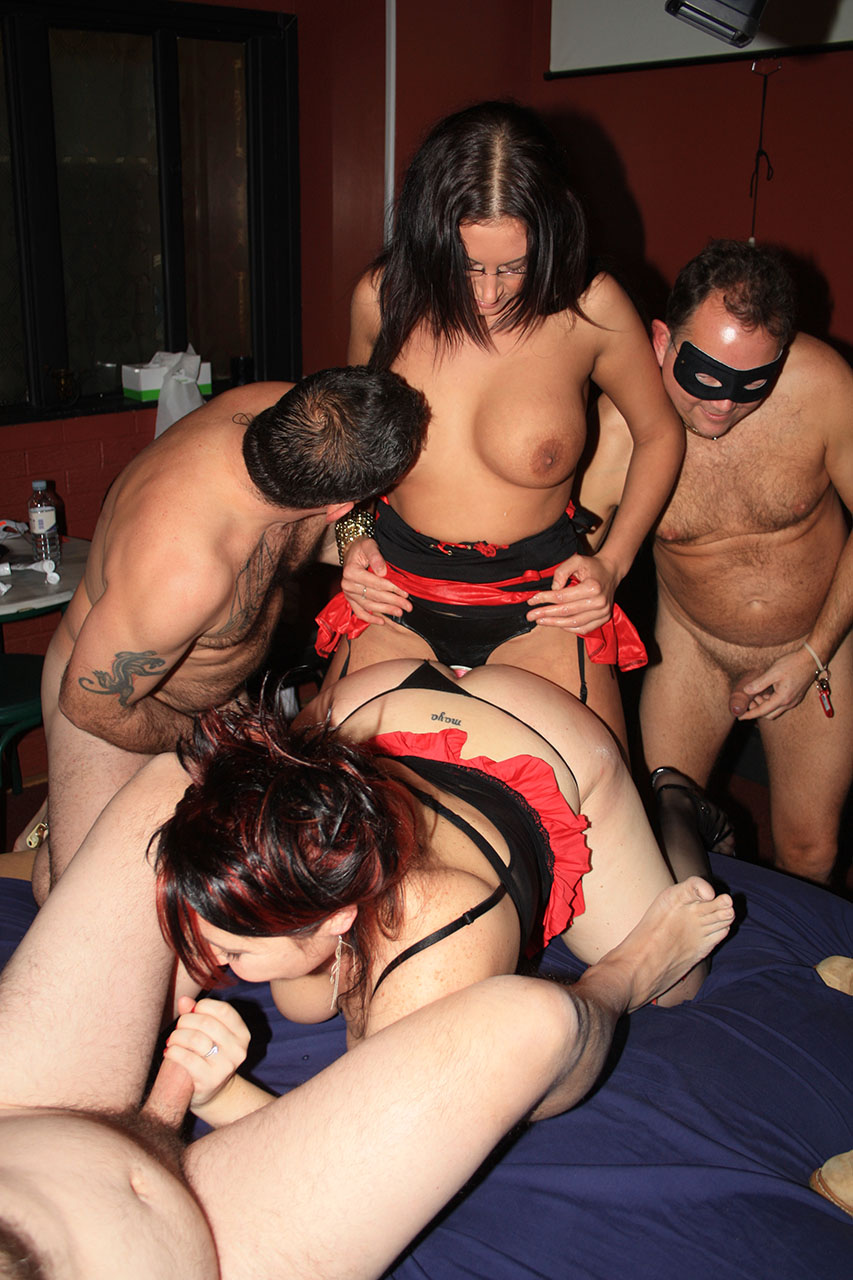 [Ref Private sex club Mario